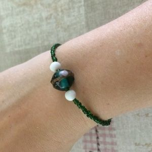 Jewelry - Emerald green seed bead bracelet