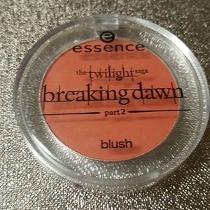 "Other - Essence ""twilight"" breaking dawn renesmee blush"