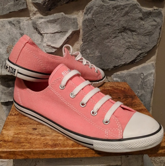 buy \u003e womens converse dainty red, Up to