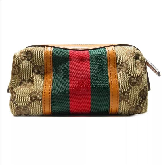 950c85dbd071 Gucci Handbags - AUTHENTIC New Gucci cosmetic bag!