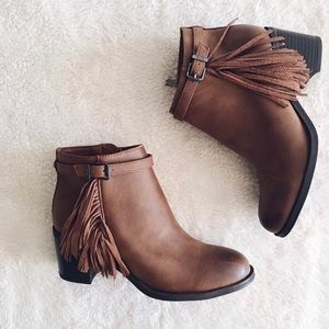 Circus by Sam Edelman Fringe Booties.