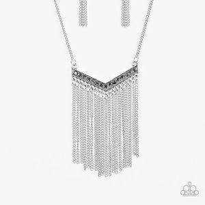 Jewelry - Long necklace with making earrings!