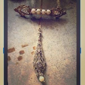 Jewelry - Two Pc Set