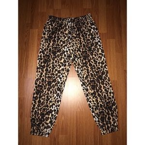 Bebe leopard joggers