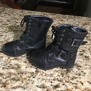 Other - Black boots for little girl, size 7