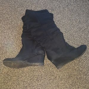 Shoes - Wedge style boot