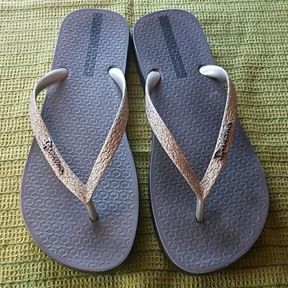 e6e6be5ccbea25 Ipanema Shoes - Ipanema Glitter Flip Flops