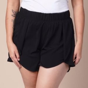 Pants - Black plus size shorts