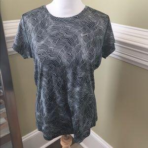 Like New NIKE Running Shirt Large
