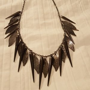 Jewelry - Edgy Necklace