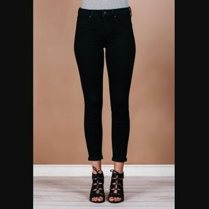 LIVERPOOL Jean Co. black Sienna Pull-On Legging.