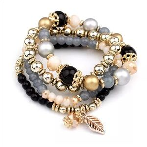 Jewelry - Boho gem bead bracelet