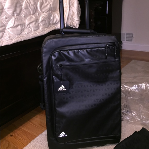 9b0ff27701 NWT brand new adidas roller bag. Carry on size!