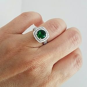 Jewelry - 14K Gold plated Emerald Green Engagement Ring