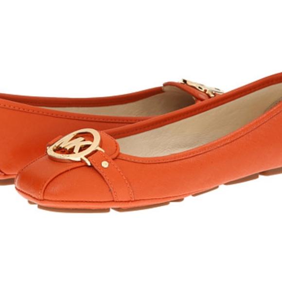 92f10aaadf5 Michael Kors Fulton Moc Orange Ballet Flats Loafer.  M 59f0d36713302a61cc019f9b