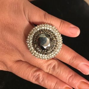 Jewelry - Huge crystal statement ring sz 7