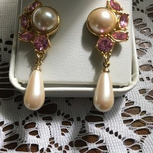 Jewelry - pink stone& faux pearl dangle pierced earrings