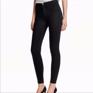 NWT H&M Black Skinny Super Stretch Pants- Size 8