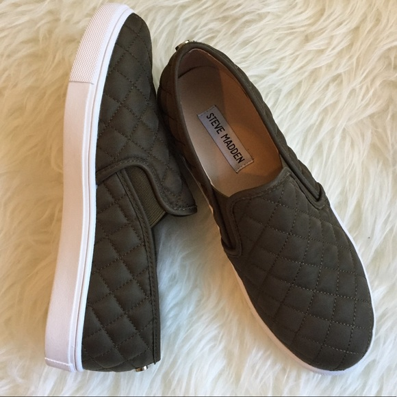 eb2ed5d9f65 Steve Madden Ecentrcq slip on sneakers olive nylon.  M 59f0f5e4f0928265040021ed