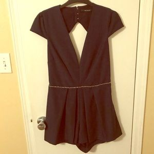 Ark&Co. Navy Blue Deep Vneck Open Back Romper
