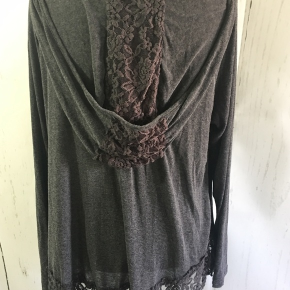 boutique Tops - Hooded Lace Trim Top