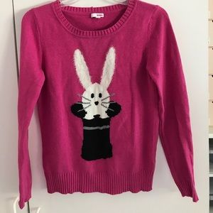 Super cute Sweater 🐰🎀