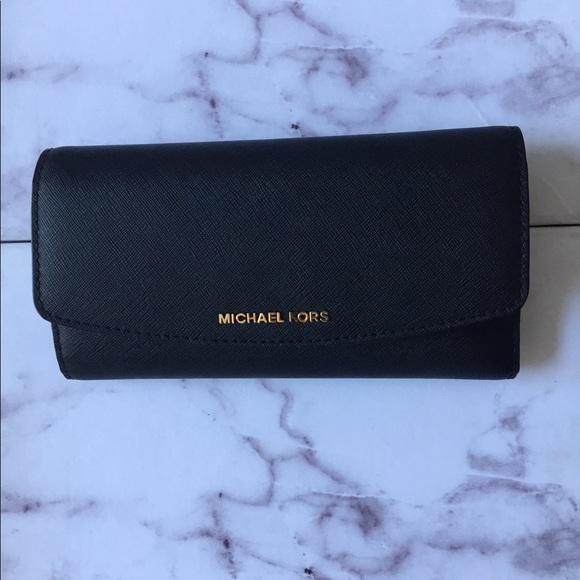 eb528888081b Michael Kors Bags | Nwt Ava Wallet | Poshmark