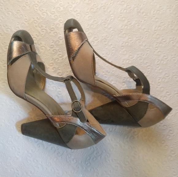 Seychelles T Strap Heels