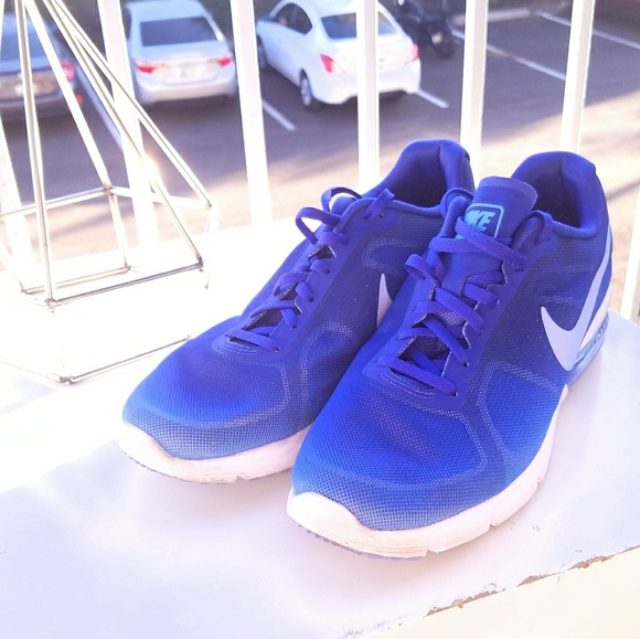 Nike air max sequent shoes