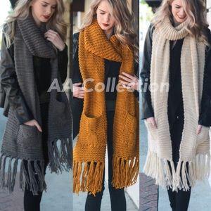 Charcoal knit Chunky Oversized Pocket Tassel scarf