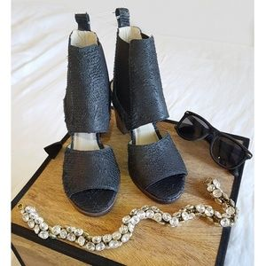 MATISSE | Open-Toe Sandals with Stacked Heel