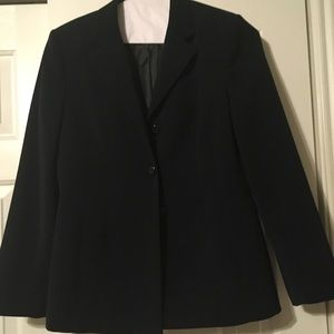 Pretty suit like material Navy Blazer.. like new