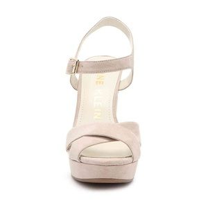 13fed97e415 Anne Klein Shoes - PRICE🔻Anne Klein Sandal Light Pink S 7 Faux Suede