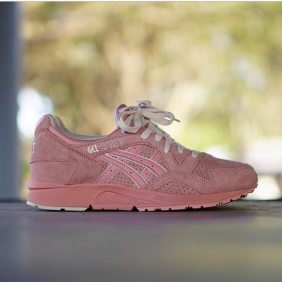 premium selection abc6d 45a64 Asics Gel Lyte V Peach Beige