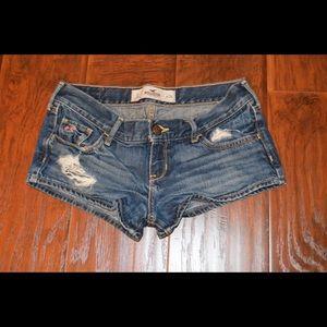SOLD:Hollister shorts