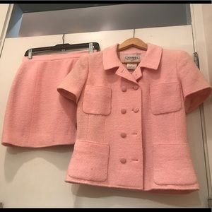 AUTH! CHANEL jacket sz 42