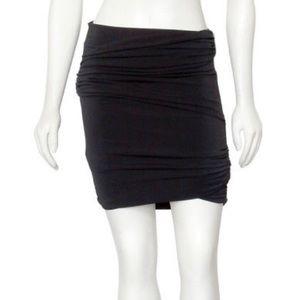 Elizabeth and James black ruched mini skirt