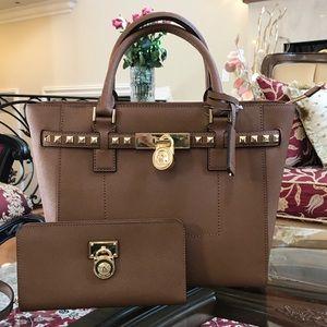 NWT Michael Kors Hamilton Studded handbag&wallet