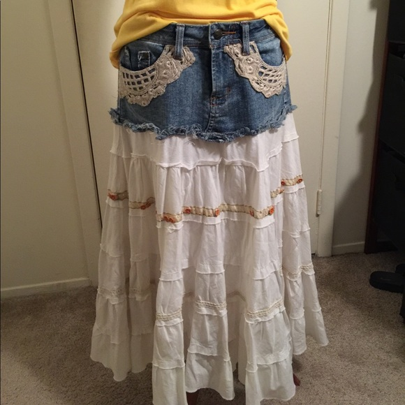 f68beb1a9a Country girl skirt. Candie's. M_59f1651c2de512be23024c7d.  M_59f1651d4e8d176c5c025796. M_59f1651f8f0fc4370e025406.  M_59f16520620ff7ef830262c6