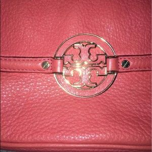 e5211206d33b Tory Burch Bags - Tory Burch Amanda Crossbody Coral Pink Purse