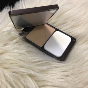 Hourglass Oxygen no. 01 mineral foundation