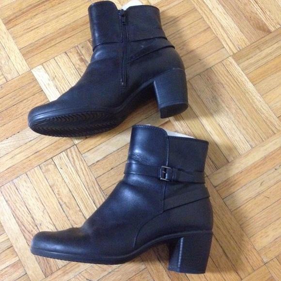 e32675c2d37 Ecco Shoes - Ecco black ankle boots sz 38