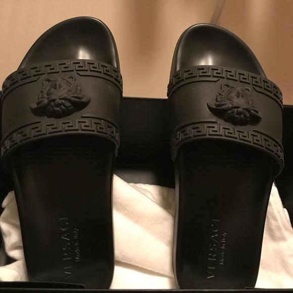 Versace Shoes   Mens Versace Flip Flops
