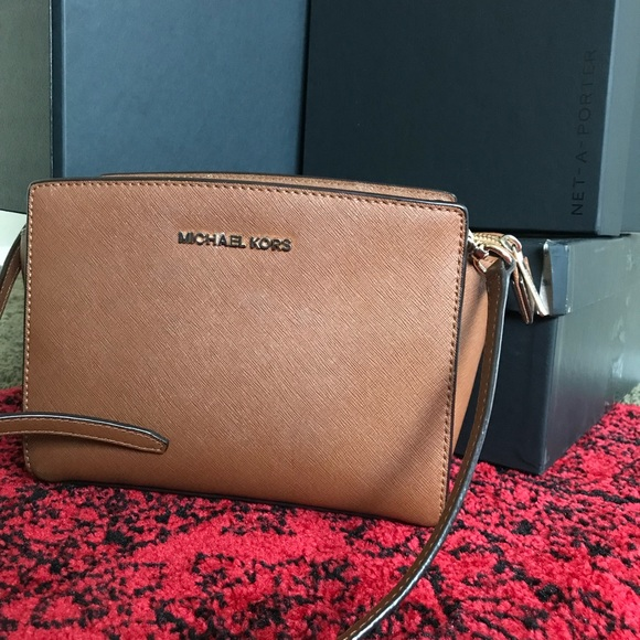 dd4484729c3f KORS Michael Kors Handbags - Micheal Kors Selma Mini Bag in Acorn