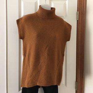 🍍Neiman Marcus copper cashmere sleeveless turtlnk