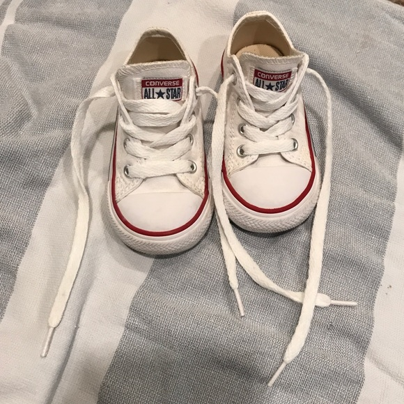 5bdd23a02a5 Converse Other - Baby size 6 White Converse Hard Bottom