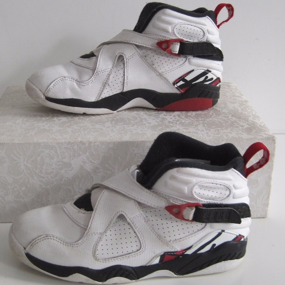 the latest 85232 bf326 Nike Air Michael Jordan Boots White Basketball Boy