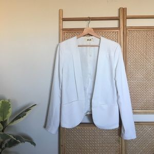 Jackets & Blazers - Unique Open White Pocket Blazer
