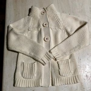 Oshkosh little girls sweater. Size 5. Cream color.
