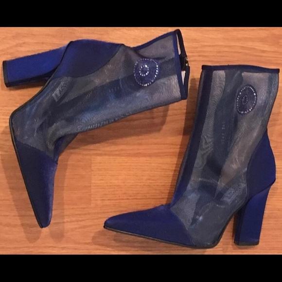 328217249f7 Vintage GIANNI VERSACE Ankle Boots Heels 36 Rare. M 59f218df2fd0b77be9017de6